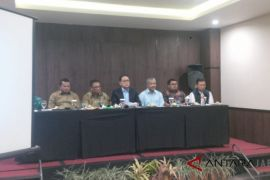 Sudrajat ucapkan selamat kepada Ridwan Kamil-Uu