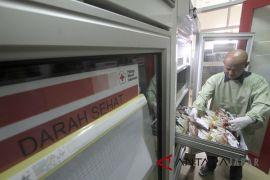 Kebutuhan kantong darah di Indonesia