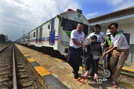 Pengobatan gratis Rail Clinic