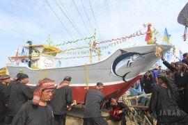 Tradisi Nadran Nelayan Besar