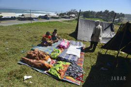 BPBD Garut masih tetapkan waspada gelombang laut