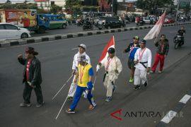 Aksi jalan kaki atlet paralimpik