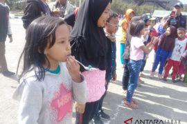 Wisatawan rayakan kemerdekaan Indonesia di Gunung Papandayan