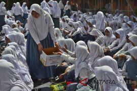 Penggalangan dana korban gempa Lombok