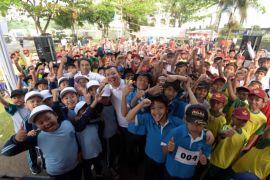 Ratusan Siswa SD ikuti gerak jalan HUT RI dan Jabar