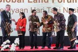 Pembukaan Global Land Forum 2018