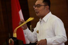 Ridwan Kamil tegaskan bersahabat dengan Sandiaga Uno