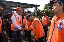Gubernur Jabar lepas 70 relawan ke Palu