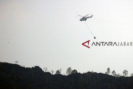 Pembasahan areal terbakar Gunung Ciremai dinyatakan selesai