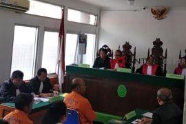 Pemilik pabrik miras oplosan Cicalengka divonis 20 tahun