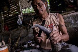 Kerajinan tanduk Sukabumi