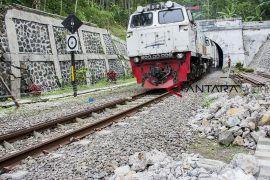 KAI Cirebon tertibkan rumah, selamatkan aset negara