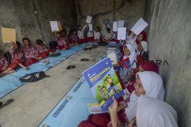Sekolah mengungsi