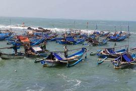 Sempat hilang kontak, kapal Aqua Mas ditemukan di perairan Cianjur