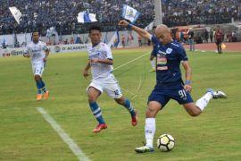 Persib dikalahkan tuan rumah PSIS Semarang