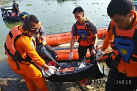 Jasad petani jagung tenggelam di Waduk Jangari Cianjur ditemukan