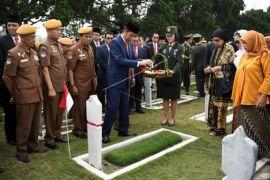 Presiden peringati Hari Pahlawan di Bandung