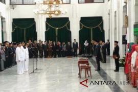 Bupati Kuningan dan Wali Kota Banjar dilantik Gubernur Jabar