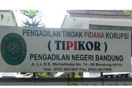 Fahmi Darmawansyah jalani sidang perdana kasus suap di PN Tipikor Bandung