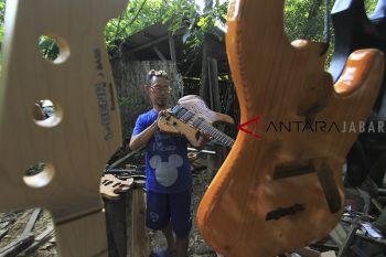 Kerajinan gitar elektrik