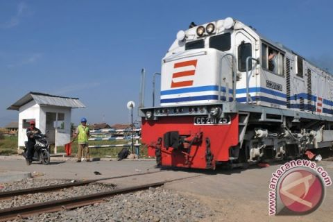 KAI Cirebon Siapkan Empat Kereta Tambahan