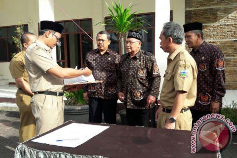 BPPK Garut Bagikan Buku Semangat Perjuangan Indonesia -