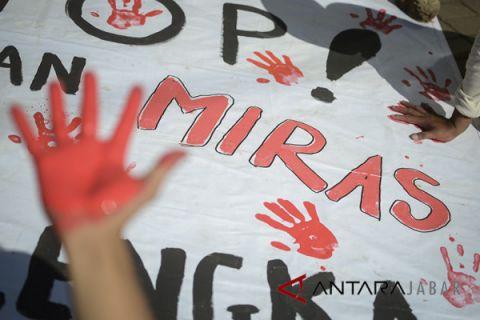 Rumah  miras oplosan digerebek polisi di Cirebon