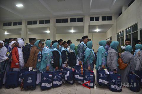 Keberangkatan jamaah calon haji Tasikmalaya