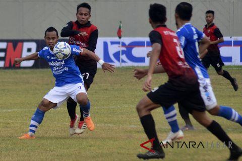 PSKC Cimahi lawan Persib Bandung