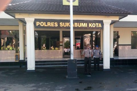 2 mucikari prostitusi online ditangkap polisi Sukabumi