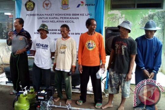 100 Nelayan Cirebon Dapatkan Mesin Konversi BBM-BBG