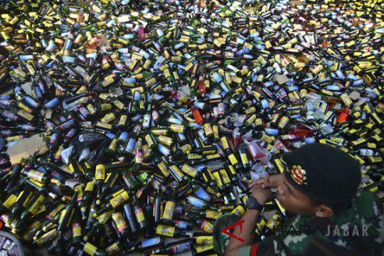 TNI gagalkan pendistribusian minuman keras di Garut
