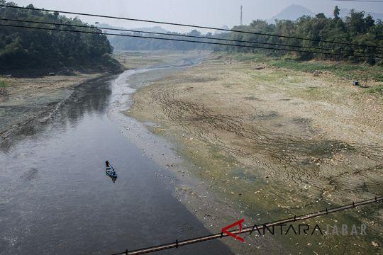 Seribu relawan PMI siap rawat Sungai Citarum