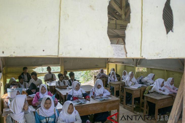 Sekolah Rusak di Kabupaten Bandung