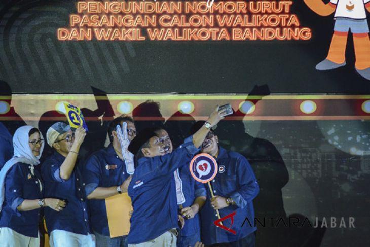 Pengundian Nomor Urut Paslon Pilwakot Bandung