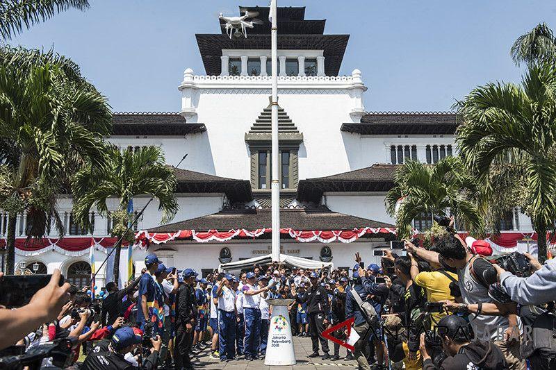 Gubernur Jawa Barat dari masa ke masa