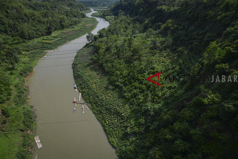 Gubernur Jabar: penanganan Sungai Citarum belum kompak