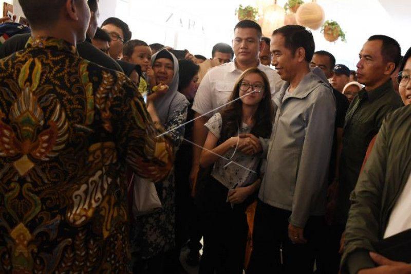 Jokowi sambangi pusat belanja Paskal Hyper Square Bandung