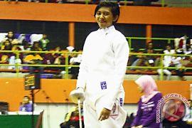Profil - Firzanur Fiyolanda, Tidak Menyerah Raih Prestasi  Anggar
