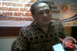 Legislator Saran Kalbar Maksimalkan Potensi CPO