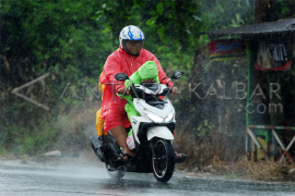 Kalbar diperkirakan berpotensi terjadi hujan ringan