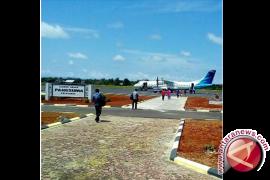Penerbangan di bandara Pangsuma masih normal