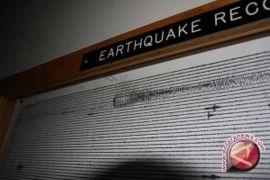 Gempa susulan masih terjadi Senin pagi