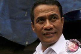 Mentan Saksikan Ekspor Beras ke Malaysia di Sanggau