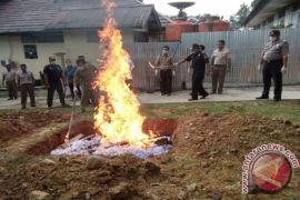 Produk unggas asal Malaysia dimusnahkan