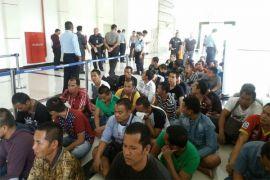 Malaysia kembali deportasi 45 TKI melalui Entikong