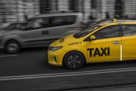 Taksi khusus penumpang wanita sudah beredar