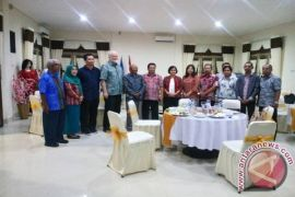 STKIP Sintang Gandeng Malaysia Lestarikan Bahasa Daerah