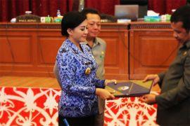 Bupati Landak serahkan SK Pengangkatan 125 Kepala Sekolah