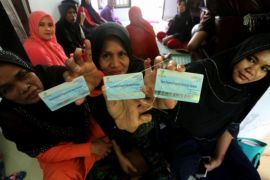 149 warga Tekarang akhirnya terima bantuan PKH